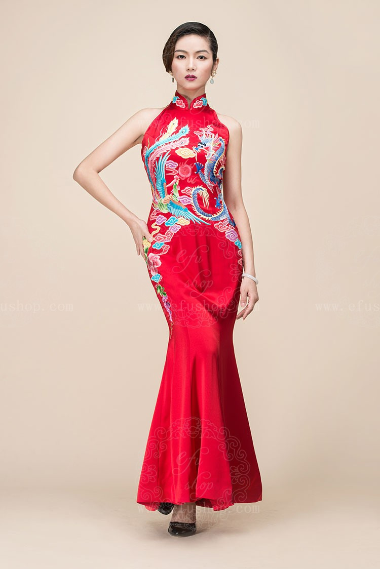 Red chinese wedding dress with dragon and phoenix embroidery ...