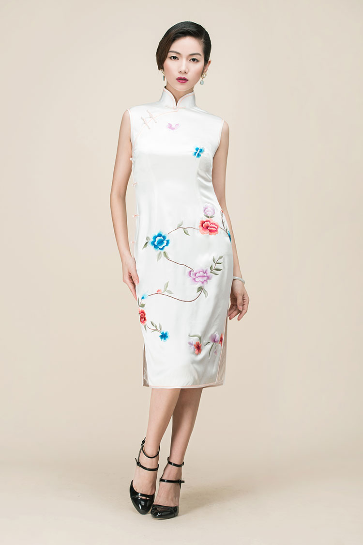 White silk embroidery short cheongsam dress
