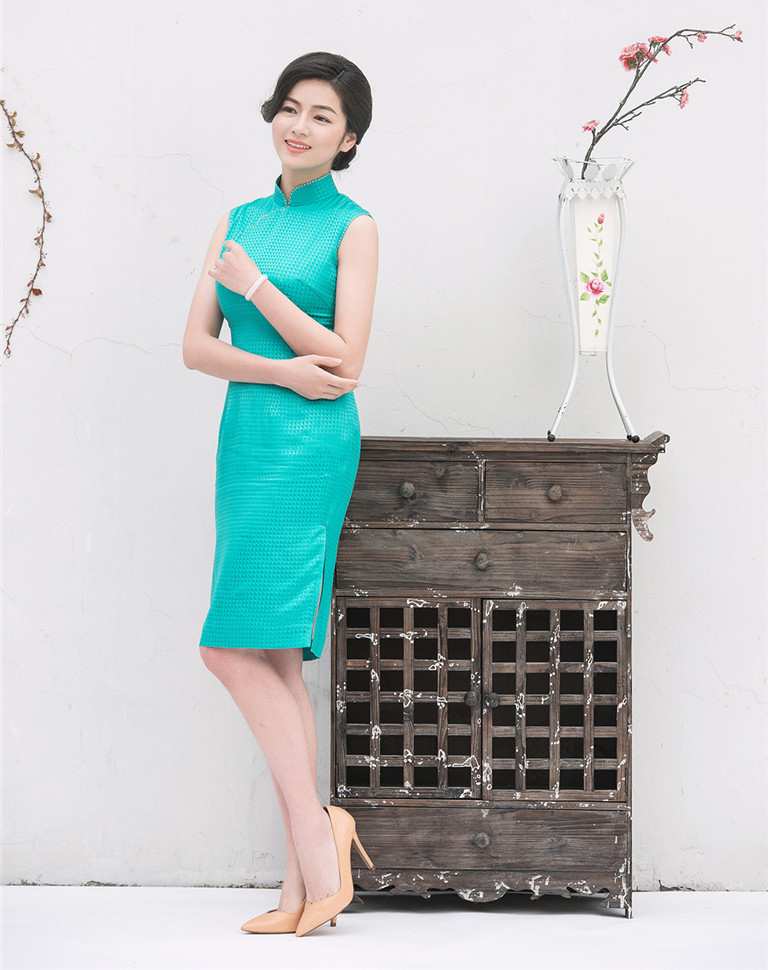cheongsam of Spring