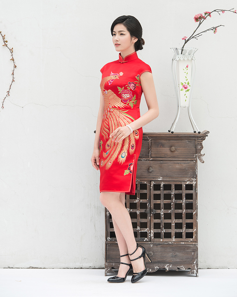 Short wedding qipao
