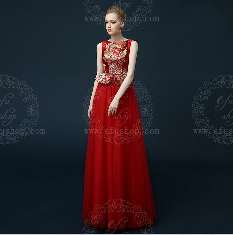 Red chinese wedding dress with phoenix pattern - Custom-made ...