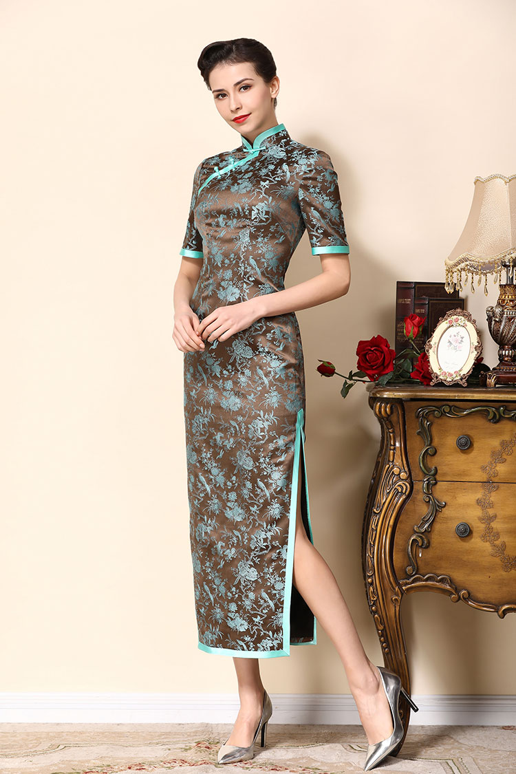 Brown cheongsam dress with blue wide edge