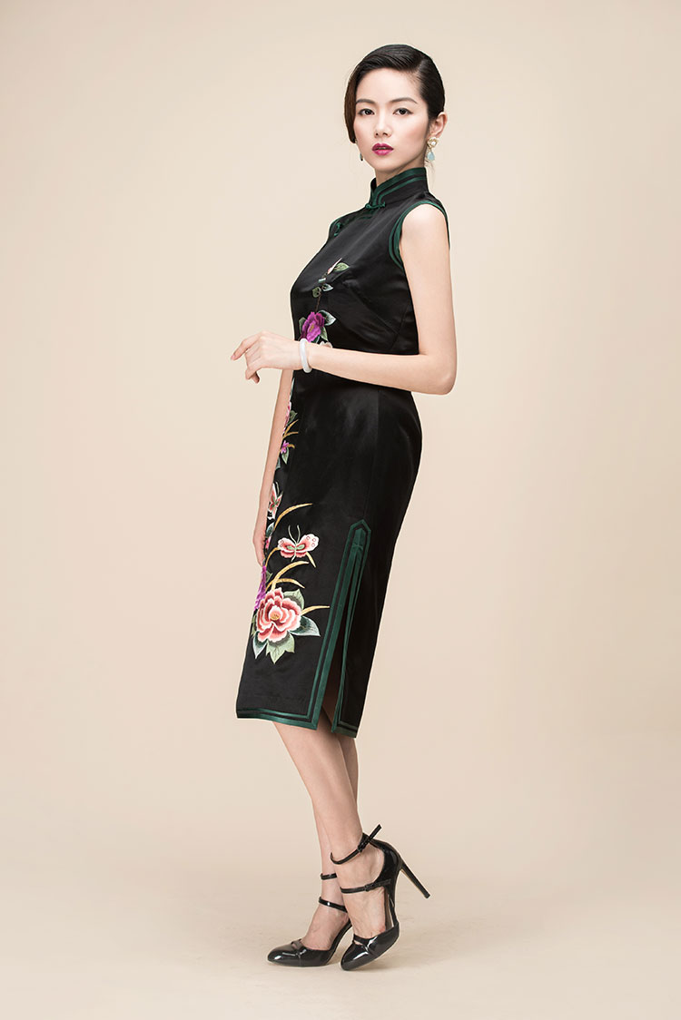 Black silk with embroidery qipao dress