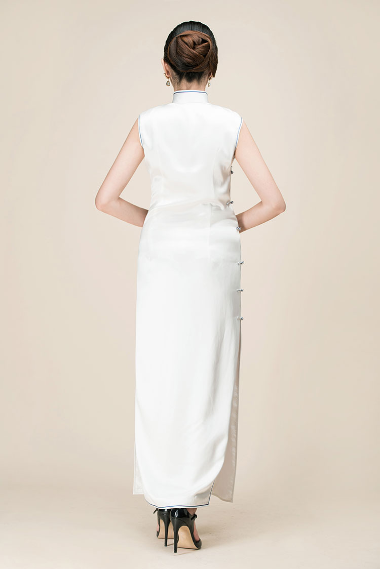 White silk with embroidery long cheongsam dress