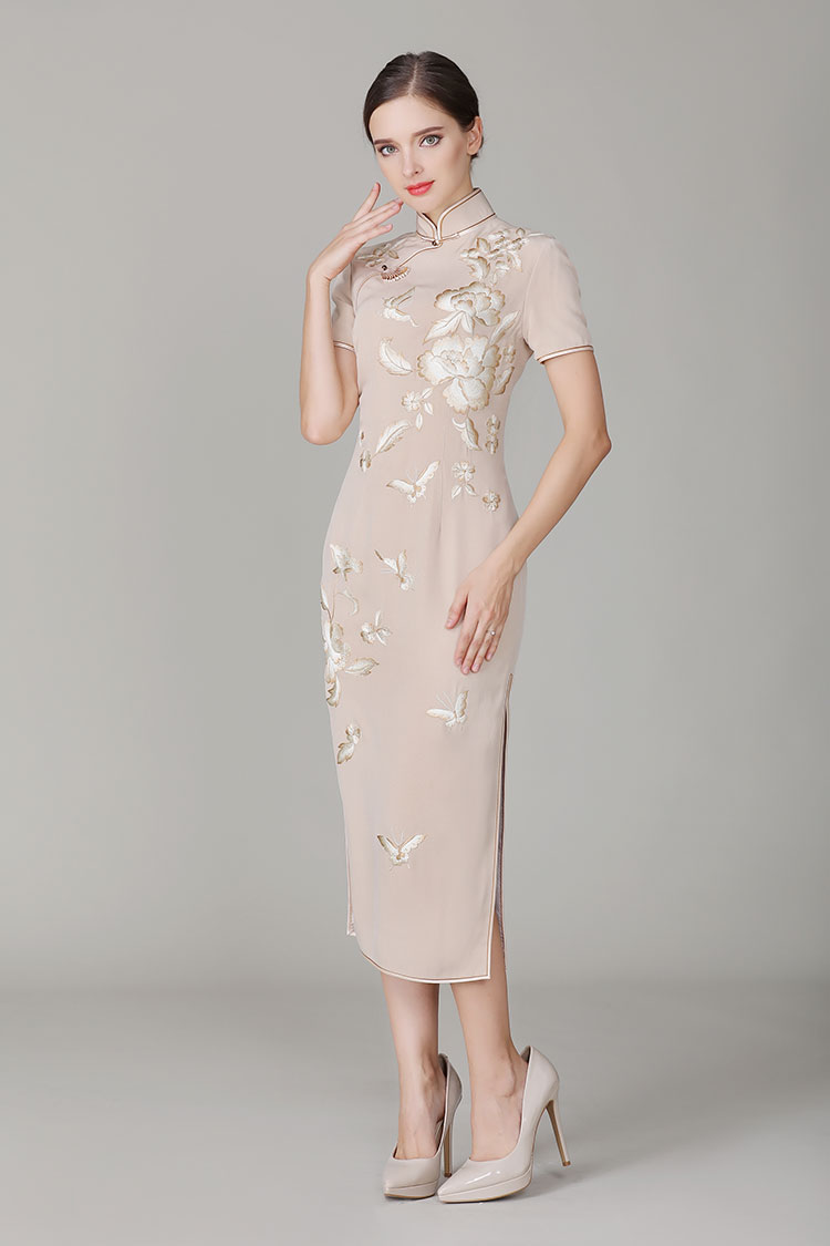 Champagne cheongsam dress with embroidery