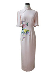 Pink silk cheongsam drss with embroidery