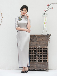 Silvery silk long cheongsam